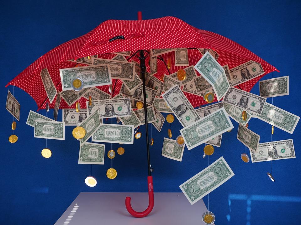 dolary pod deštníkem